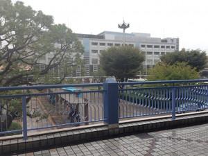 008新浦安駅前バスロータリーが見えます