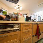 使い易いオープンカウンターキッチン。(キッチン)